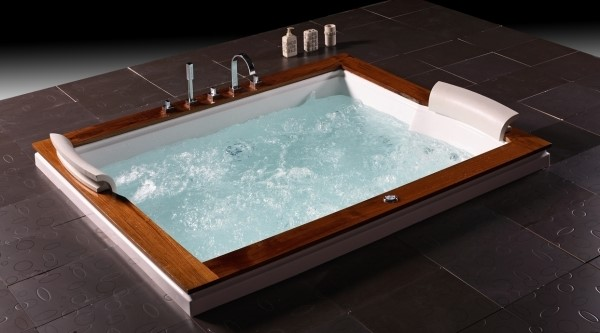 exclusiv luxus badewanne whirlwanne whirlpool u262a mit echtholz neu ebay. Black Bedroom Furniture Sets. Home Design Ideas